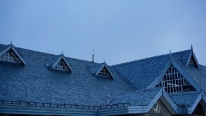 How to Inspect a Roof Like a Pro